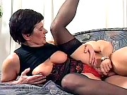 Slutty mature pumping her pussy full of cock